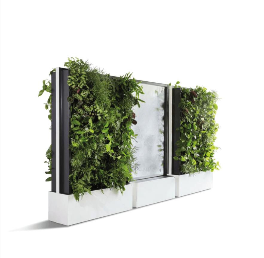Mobile Wasser- und Pflanzenwand von C+P